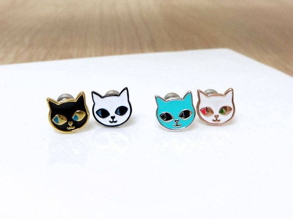 Cute Cat Barbell Piercing,Cat Stud Tragus Earring,Labret Earring,316L Surgical Steel,18G,16G,14G,Cartilage Earring,Helix Auricle Lobe,AR31