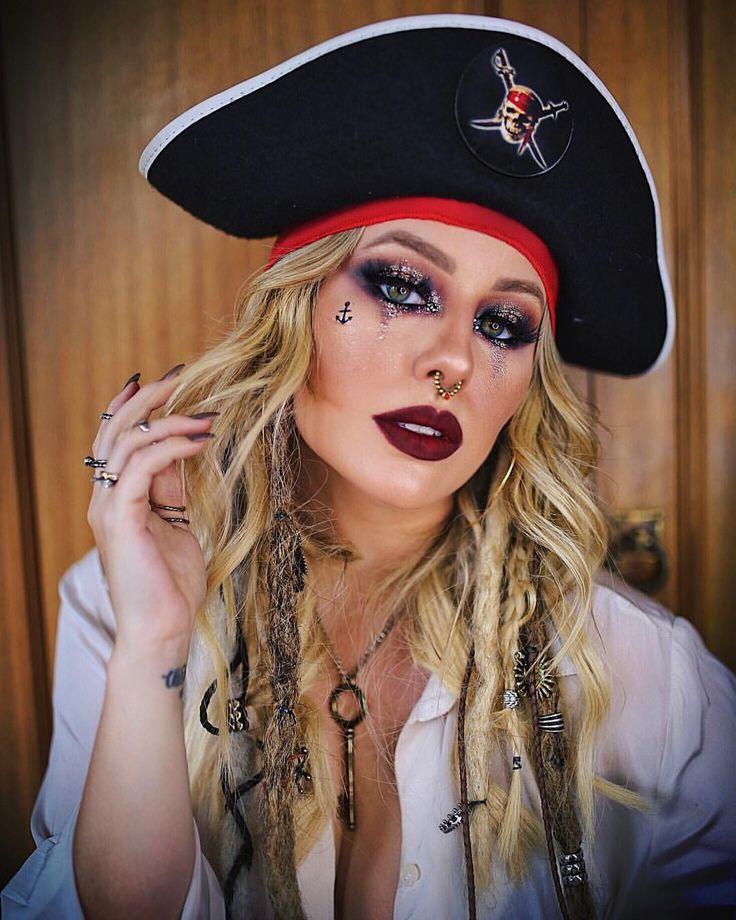 Yo-ho, yo-ho e uma garrafa de rum! ☠️ Lembrando mais uma make que fiz (essa foi do carnaval desse ano) para inspirar para o Halloween! 👻 Q… | HALLOWEEN in 2019 | Pinterest | Halloween, Halloween Makeup and Halloween costumes
