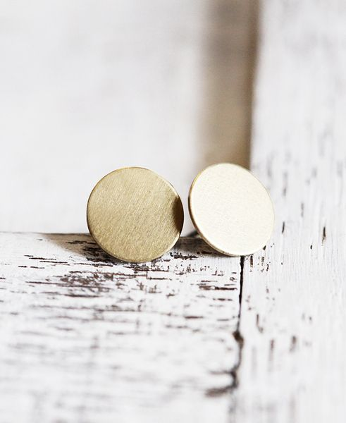 """Runde Ohrstecker """"Circle"""" – Messing Gold von pikfine // Accessoires auf DaWanda.com"""