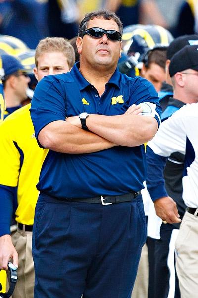 Brady Hoke :-) love this pose!