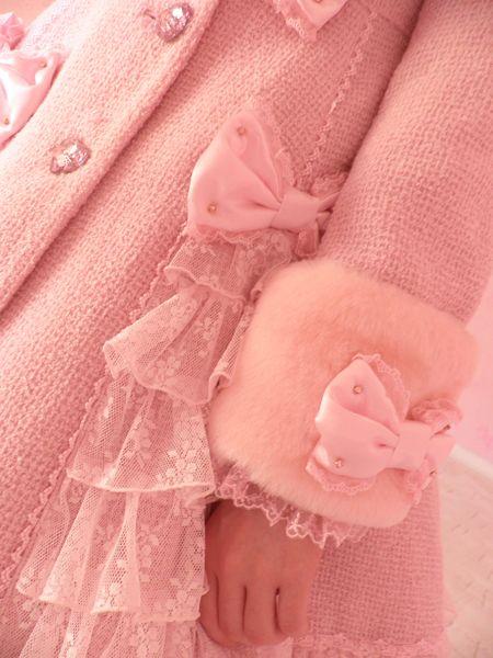 : Little Girls, Pink Coats, Colors Pink, Winter Wonderland, Pink Bows, Pink Things Girls Love!, Girly Girls, Pink Details, Winter Coats