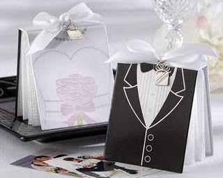 Bloquinho de anotações personalizado como lembrancinha de casamento