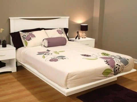Modern Platform Bed In White With Optional Headboard   In Size Twin Full  Queen