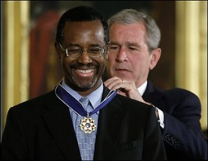 Dr. Ben Carson, Sr. receiving the Presidential Medal of Freedom, the highest civilian award in the United States, by Republican President George W. Bush in 2008.