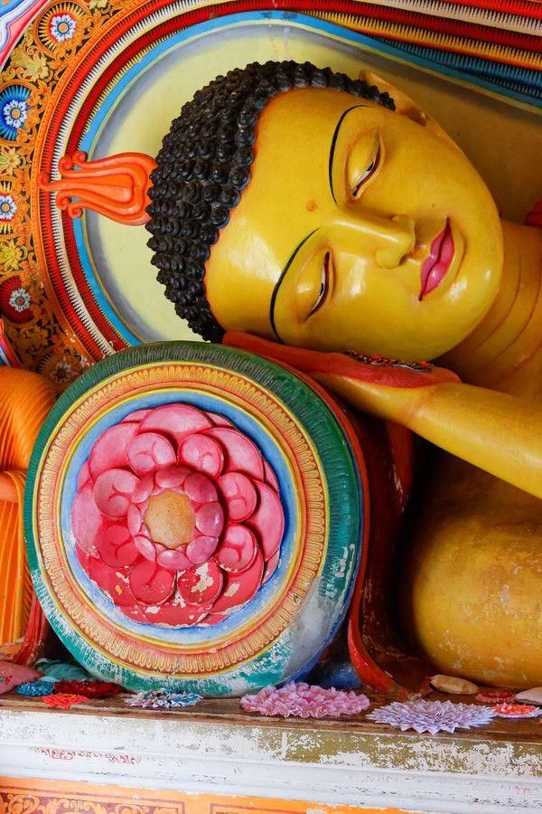 Reclining Buddha by Alexandre Ehrhard-Kieffer on 500px