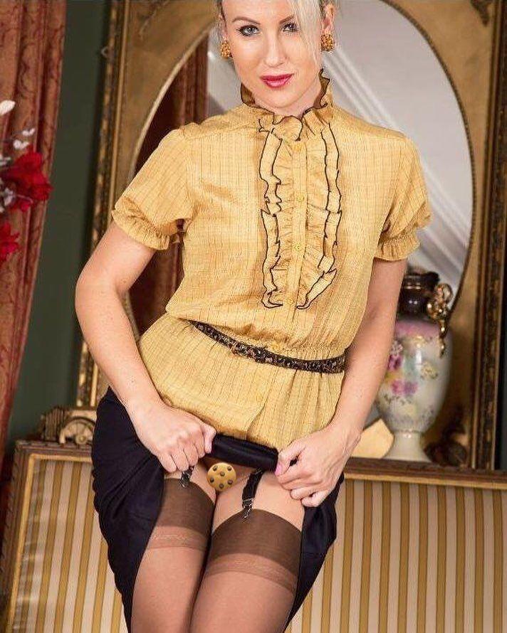 #stockings #nylon #pantyhose #layerednylons #garterbelts #sexy #boudoir #curvygirl #girl #highheels #hot #fishnets #bodystocking #leather #wife #nsfw #lesbian