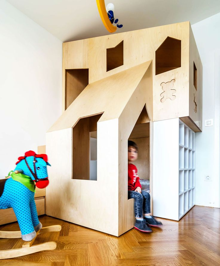 17 best ideas about custom bunk beds on pinterest triple for Futon kids room