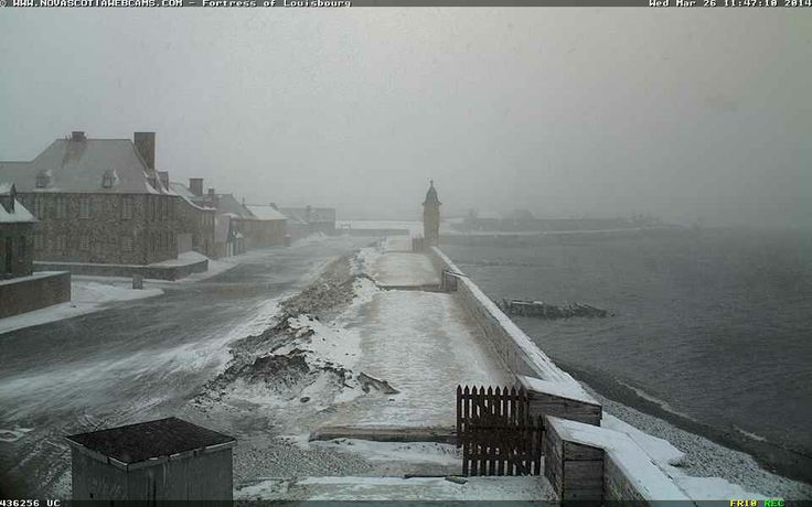 Snap from the webcam at #Louisbourg #NovaScoia. No real sign of snow as of 11:40 am. Should be able to catch some storm surges from this webcam during the storm.