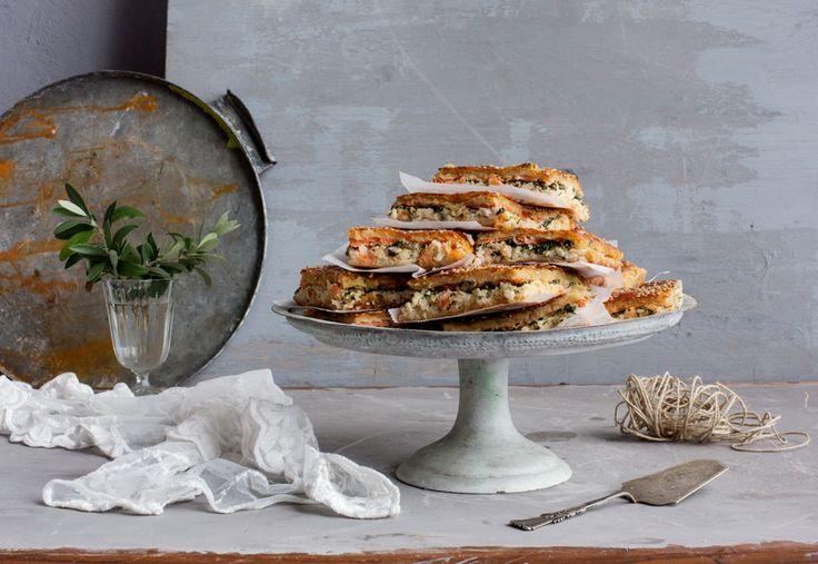 Pellillinen lohipiirakkaa maistuu arjessa ja juhlassa. Ohje blogissa! Resepti: Jatta Heinlahti, valokuvat: Johanna Levomäki