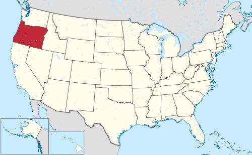 Oregon is north of California and Nevada, south of Washington, west of Idaho, and east of the Pacific Ocean.