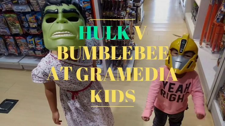 Hulk v Bumblebee at Gramedia Kids, Ciputra Mall, Cibubur, Indonesia