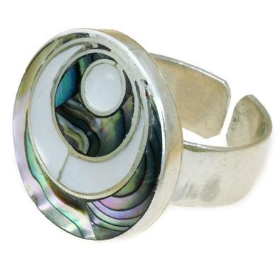 Anillo echo a mano, en plata 950 , regulable, con incrustaciones de piedras semipreciosas