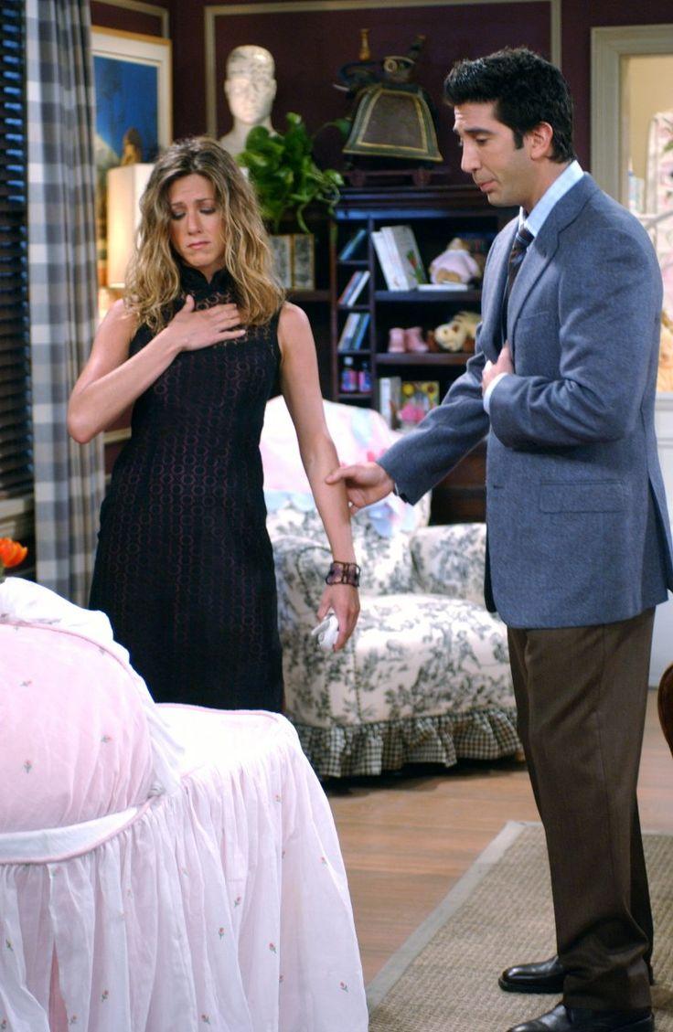 Rachel Green (Jennifer Aniston), Ross Geller (David Schwimmer) ~ Friends Episode Stills ~ Season 9, Episode 5: The One with Phoebe's Birthday Dinner
