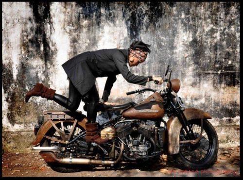 //\\: Motorbikes Woman, Biker Girls, Biker Chick, Motorcycles Girls Kickstart, Bikerchick, Motoladi Kickstart, Em Biker, Kicks Start, Biker Art