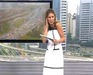 """Apresentadores do """"Bom Dia SP"""", Rodrigo Bocardi e Jacqueline Brazil, levaram um susto, na manhã dest... - TV Globo"""