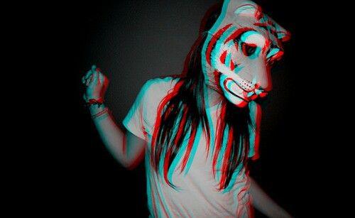 Возбуждение как что-то животное, как сумасшествие меня привлекает, но этот эффект псевдо 3д не нравится