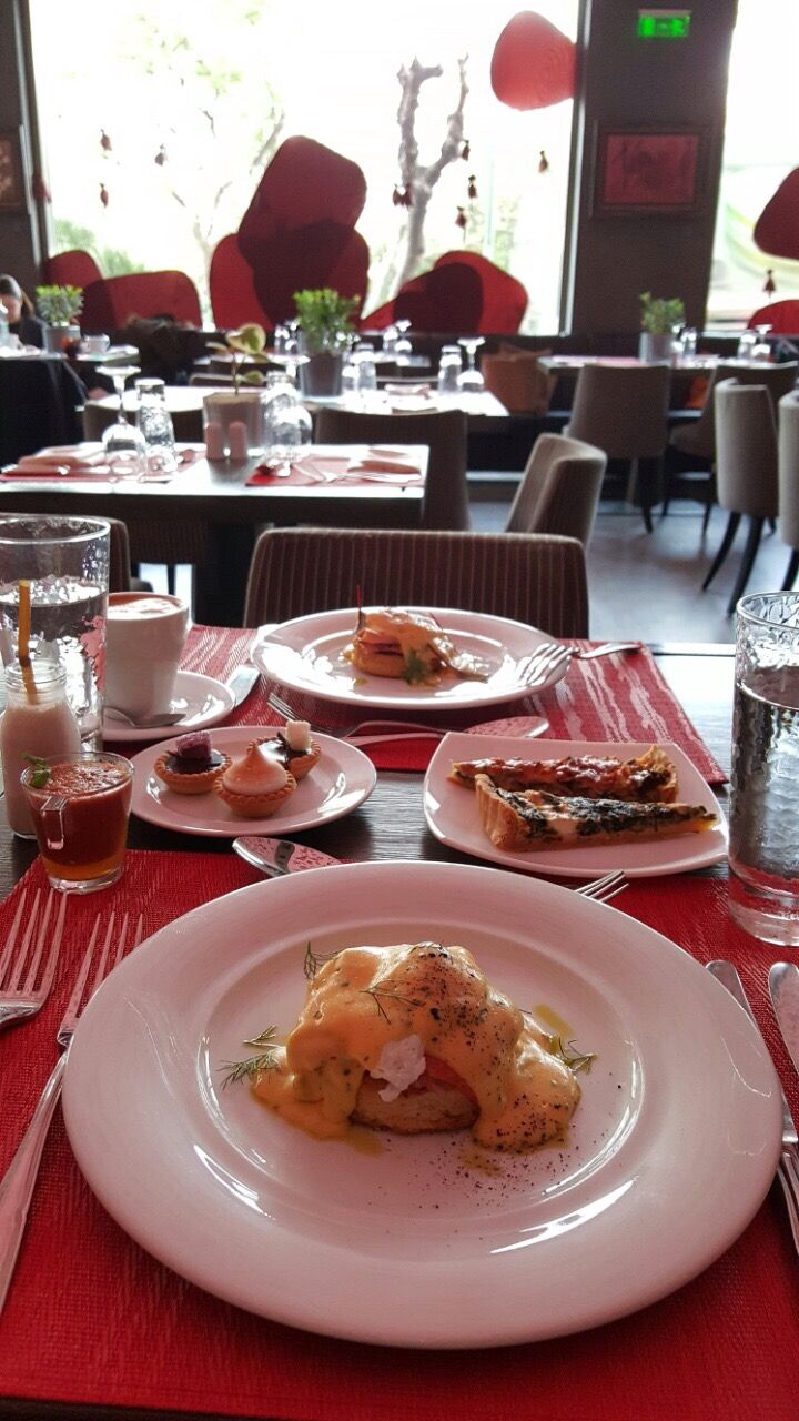 Need a good reason to get out of bed on a Sunday morning? #brunch #Athens rbathenspark.com