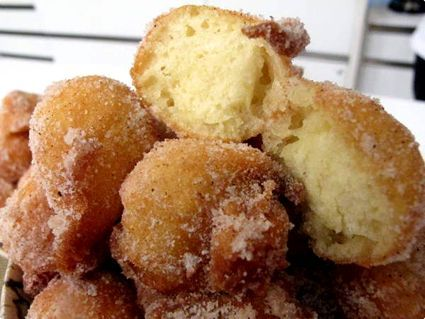 """Homemade doughnuts - Bolinhos de Chuva (which translates to """"little cakes of rain"""") are delicious little cinnamon and sugar doughnut holes. Perfect for breakfast or dessert, these can be made in less than 15 minutes and are AMAZING! A must-try recipe!"""