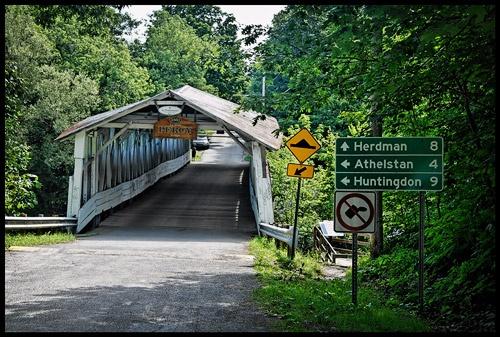 Le pont couvert Percy de Powerscourt, Quebec | Piste 360°