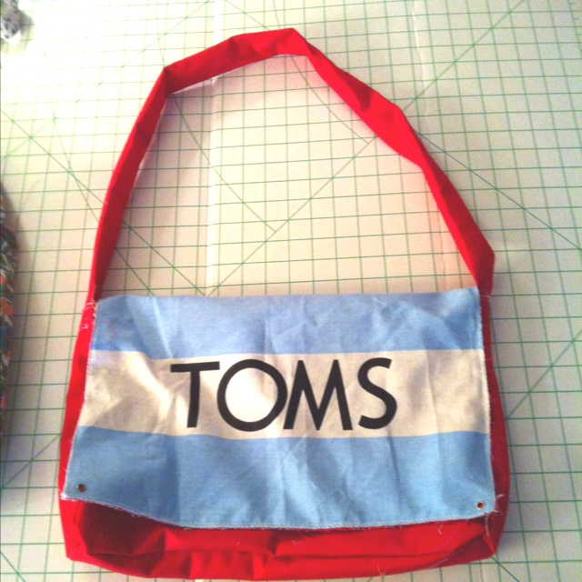 Toms Flag Bag! My second sewing project!
