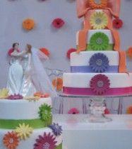wedding cakes: She