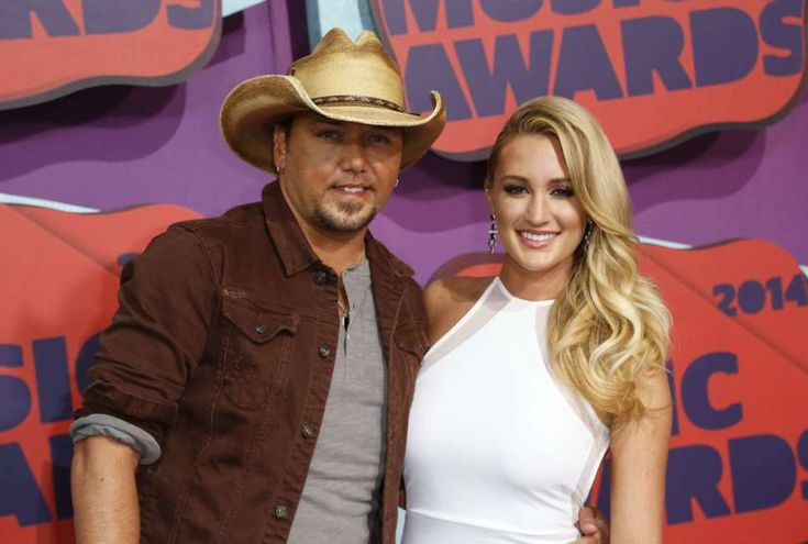 Jason Aldean And His Wife Brittany Kerr Reveal The Gender Of Their Baby #AmericanIdol, #BrittanyKerr, #JasonAldean celebrityinsider.org #Entertainment #celebrityinsider #celebritynews #celebrities #celebrity