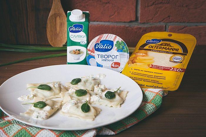 Равиоли со шпинатом, творогом, сыром и горчичным соусом - пошаговый рецепт приготовления с фото