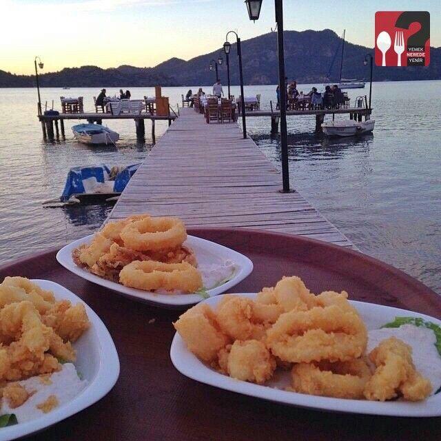 Kalamar - Hidayet'in Yeri Deniz Restaurant / Marmaris ( Selimiye ) / Muğla Telefon : 0 252 446 41 18 Fiyat : 25 TL / Porsiyon