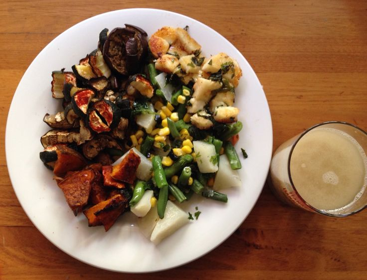 Dinner   -2oz Haloumi + a squeeze of fresh lime juice and finely hopped fresh mint  -12oz, baked-pumpkin, zucchini eggplant Steamed -Kohl Robi, beans and corn Fresh basil and fresh parsley, black garlic    -1 tbsp flaxseed meal     -1 tbsp olive oil