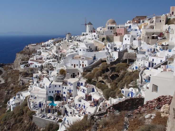 12 Nights / 13 Days Greece Vacation Packages - On our small group Greece tours, all the planning is handled for you by experts. Visits Mykonos, Paros, Naxos and Santorini.