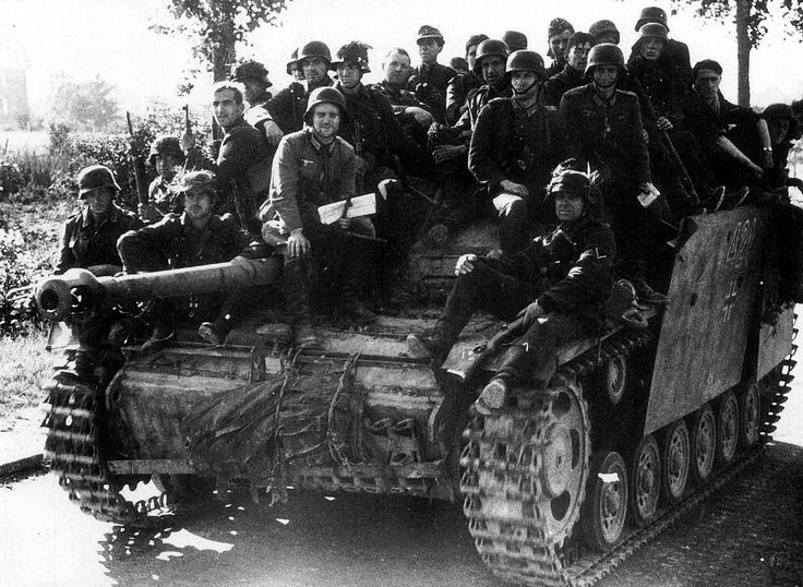 A Sturmgeschütz III tank destroyer in the role of transporting retreating Germans during the days after Normandy, June 1944.: German Soldiers, German Military, Tanks Destroyer, Retreat German, German Armors, Wwii, German Tanks, Panzerkampfwagen, Iii Tanks