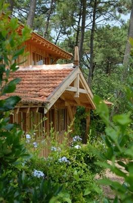 Les cabanes en bois Bartherotte Cap ferret via Nat et nature #design #wood #houses