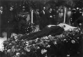 Funeral for Enrico Caruso, World Famous Opera Tenor (1921) (Info courtesy of Melissa Delgado)