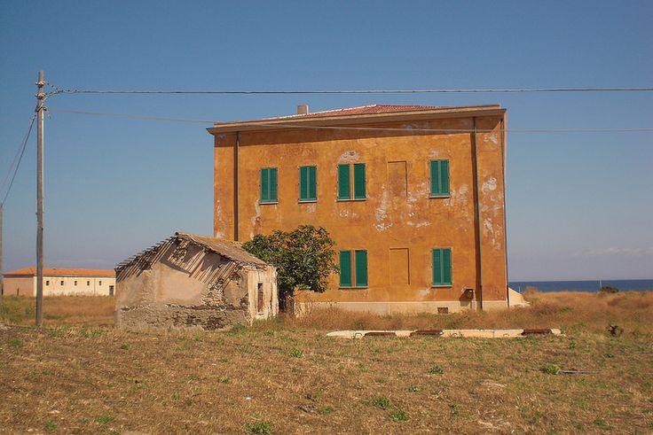 #Sardegna #old #school #building #orange #blue #green #sea #island #summer #hot #dry #grass