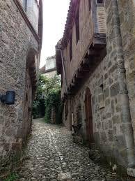 medieval inn with cobbled streets picture - Google Search
