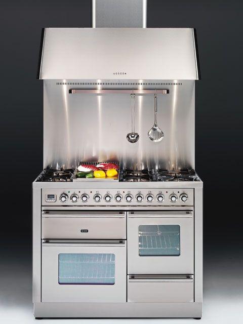 Ilve , estufa doble horno , Extractor poderoso y respaldar de acero inoxidable