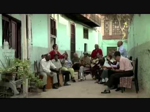Trailer de SIGO SIENDO (Kachkaniraqmi) pelicula peruana sobre la musica peruana - YouTube