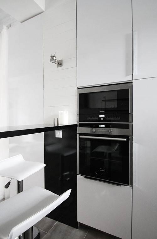 Industrial Flat Interior Design - Kitchen Design