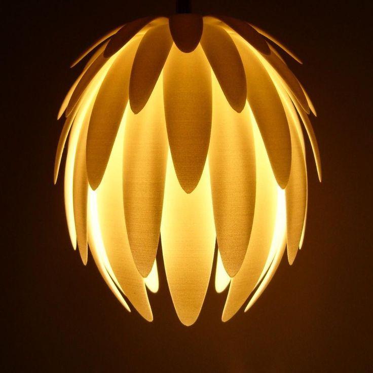 Light power #lamp #lotus #fiorediloto #loto #lampada #sospensione #lightpower #sfumature #buonpomeriggio #goodafternoon #luce #light #lotusflower