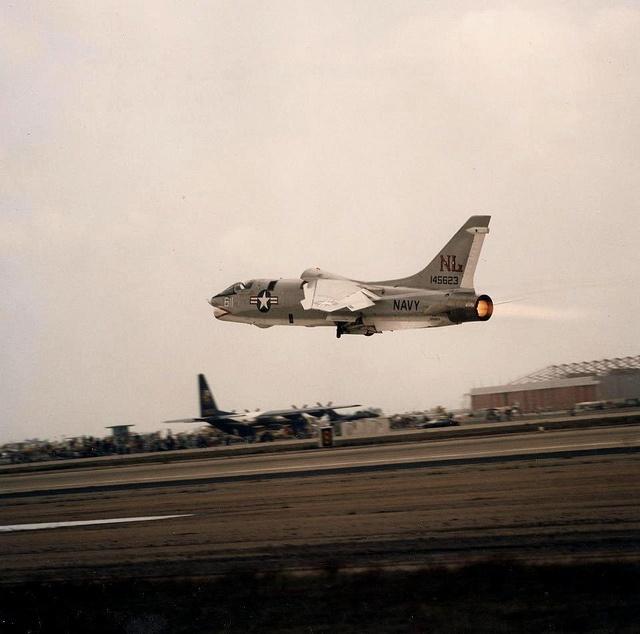 1976 F8 Crusader Take off