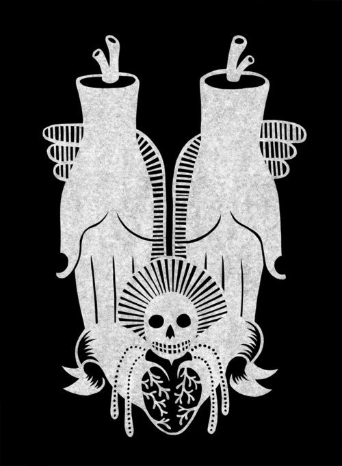 I enjoy sacred hearts. I also love skulls. I'm indifferent to hands, but this is generally made of win.