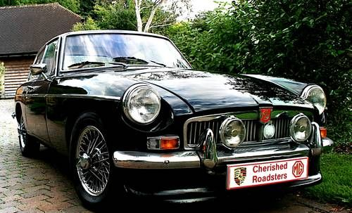 Classic MGB Roadster  - Driver experience gift vouchers For Sale