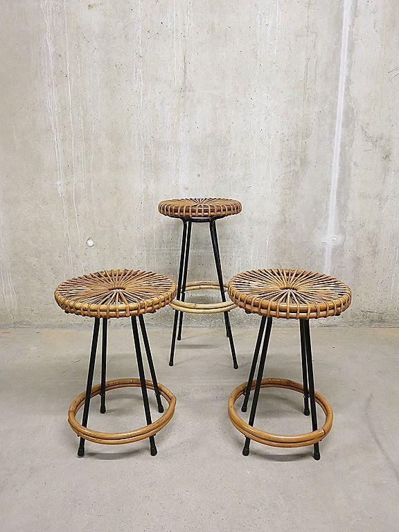 Vintage design kruk rotan Rohe, rattan stool Rohe Mid century design |