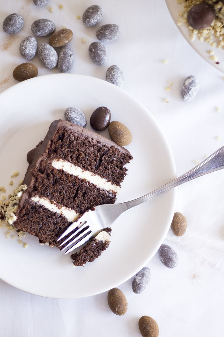 Chocolate Easter Cake | Migalha Doce
