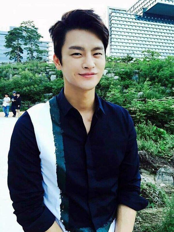 17 Best Ideas About Korean Men Hairstyle On Pinterest