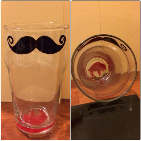 Mustache or Lips Pint Drinking Glasses with Vintage Buffalo logo. For that buffalo bill lover in your life! Available on Etsy, $7.95