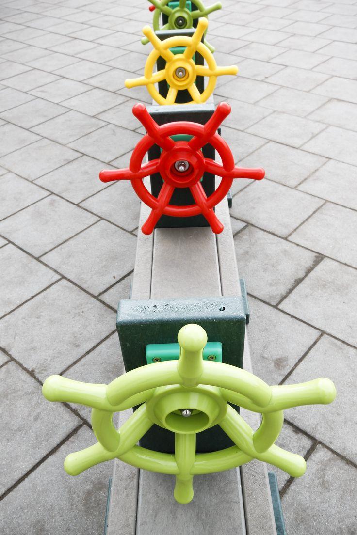 Treintje met stuurtjes die draaien. Govaplast Play model GP49