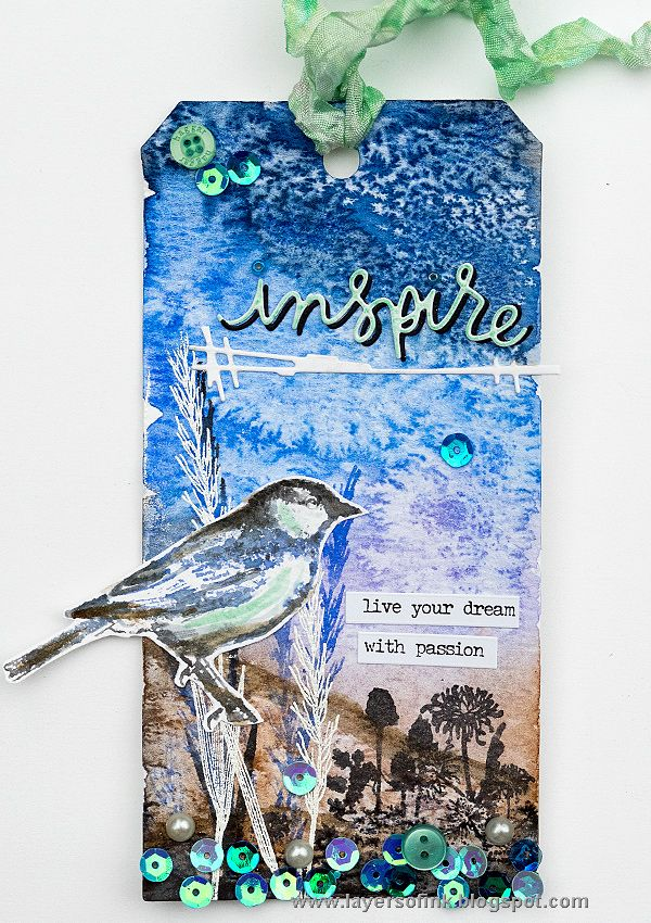 Layers of ink - Inspiring Bird Tag by Anna-Karin. Made for the Simon Says Stamp Monday Challenge Blog with stamps by Carabelle Studio, watercolor paint, and Ranger/Tim Holtz Distress Ink. Simon Says Stamp exclusive dies.