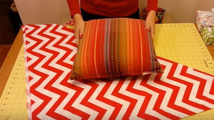 Ecco come realizzare un cuscino senza utilizzare ago e filo