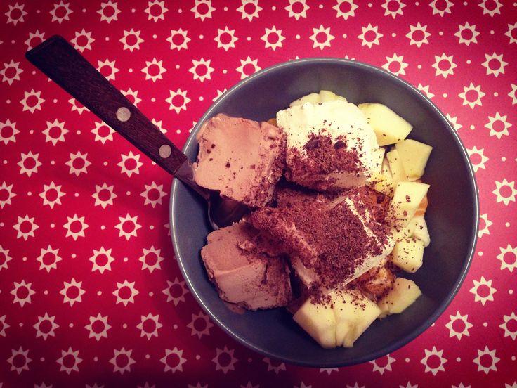 Мороженка с фруктами